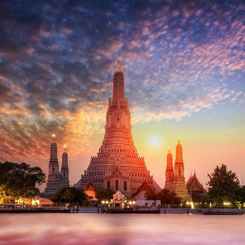BE BEDAZZLED BY BANGKOK! (BBB-THA-147)